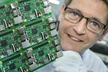 RaspberryPi3-jużwofercieRSComponents:niedrogiminikomputerojeszczewiększejwydajnościorazłącznościbezprzewodowej