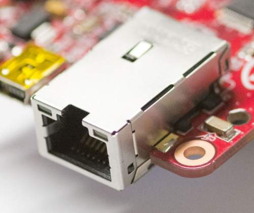 WyjątkowoniskoprofilowemagnetycznezłączeRJ45